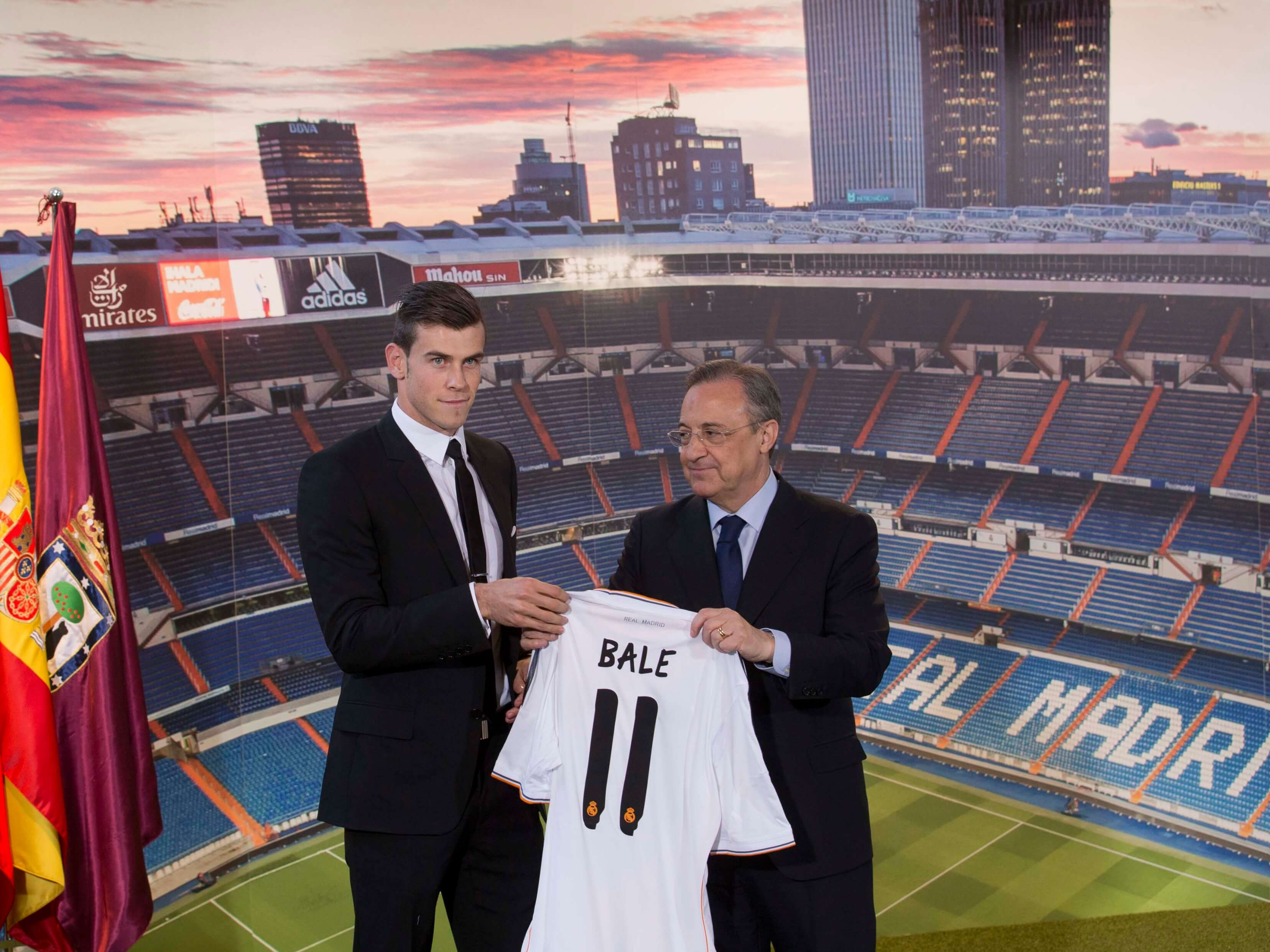 Gareth Bale signs for Real Madrid