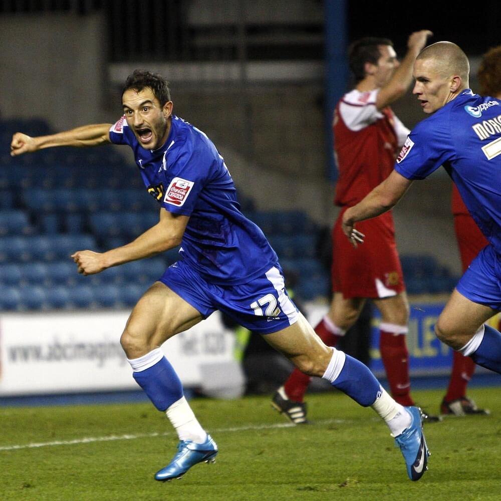 Chris_Hackett_scoring_for_Millwall_football4football