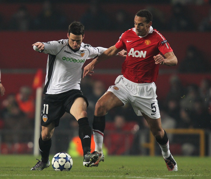 Rio-ferdinand-in-action-for-mamnchester-united-football4football