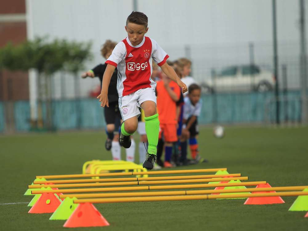 SAQ_training_for_young_footballer