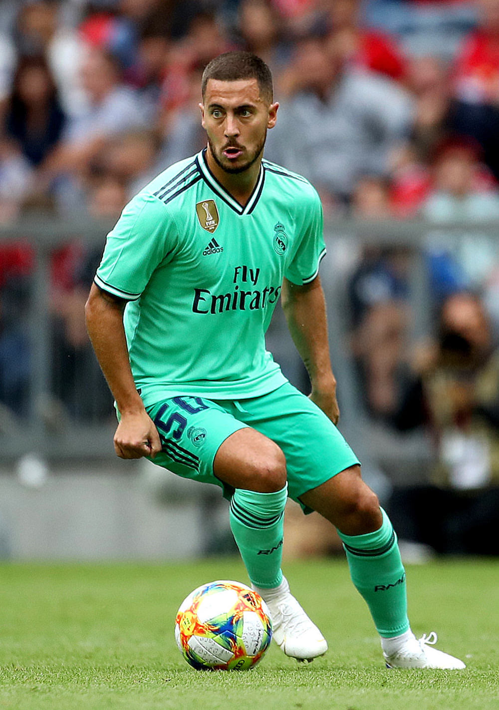 Eden_Hazard_during_a_Real_Madrid_game_football4football