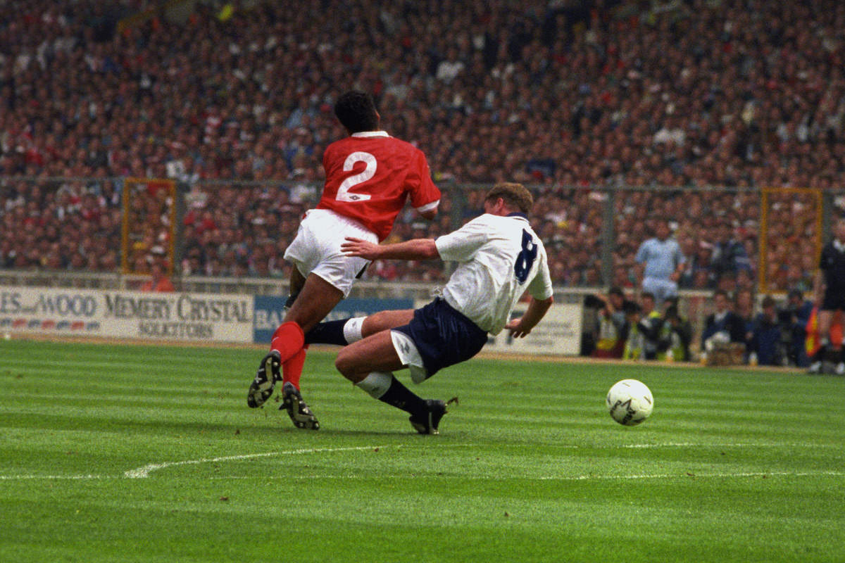 Gazza_Launches_into_a_tackle_that_injured_his_ACL_football4football