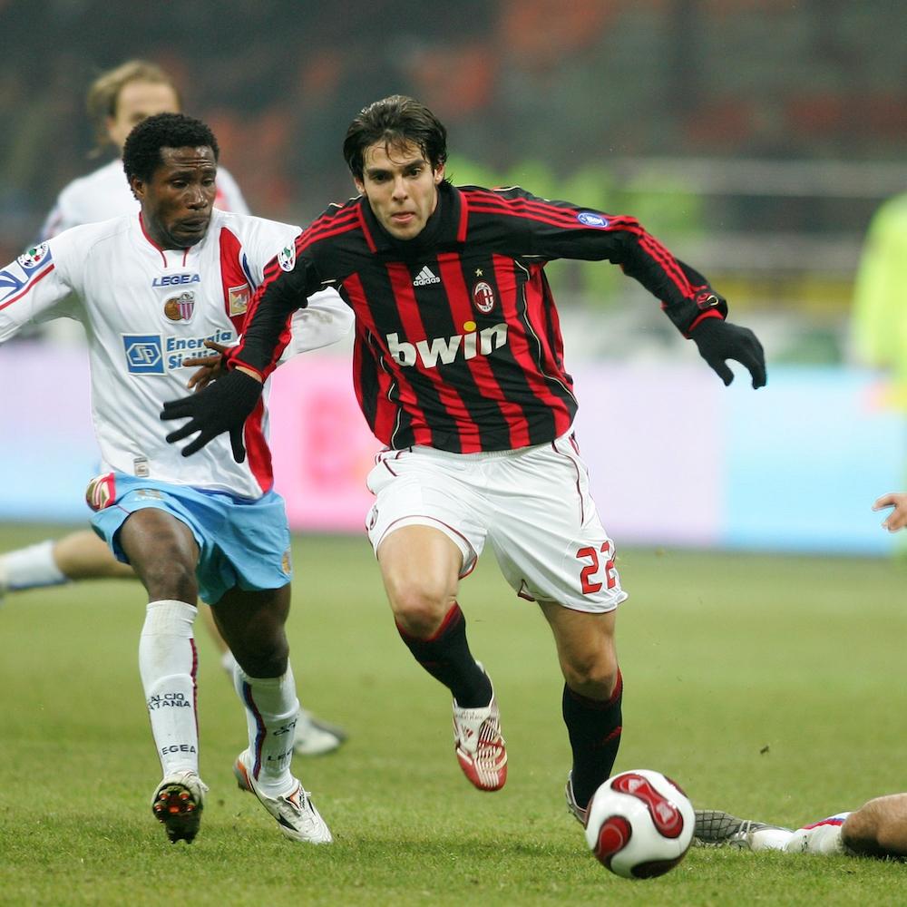https://www.football4football.com/storage/img/articleimages/originals/qc5ubvuxwJtR27elvao7J4TGxEga7YXzWvS.jpg