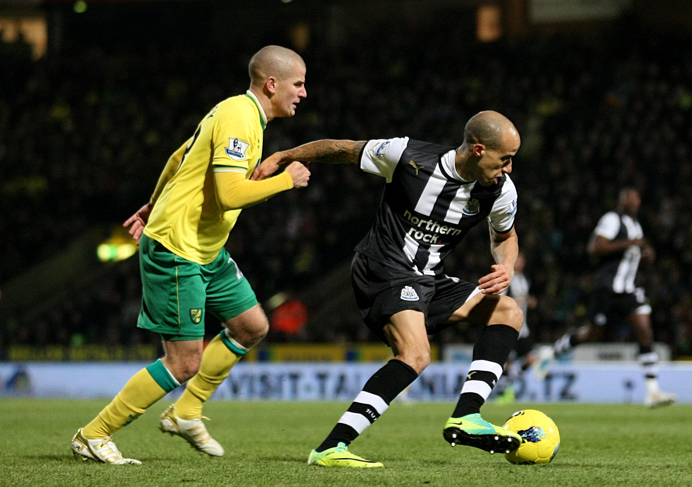Gabriel_Obertan_gets_away_from_Marc_Tierney